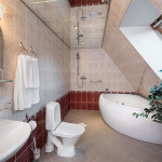 St. Peterburgin sviitin kylpyhuone