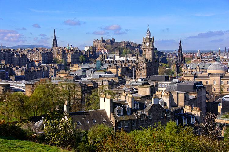 töihin skotlantiin