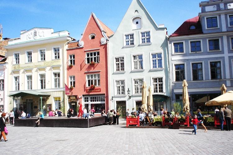 äkkilähdöt Tallinnaan