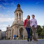 Trinity College on vanha yliopisto, jossa nähtävää riittää matkaajallekin.