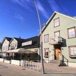 Rakveren historiallisella Pikk-kadulla sijaitseva ravintola Katariina Kelder
