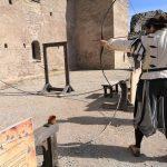 Rakveren linnan keskiaikainen teemapuisto jousiammunta