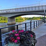 Narvan promedadi ja Narva-joen silta yli Venäjälle