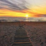 Auringolasku Narva-Joensuun rannalla