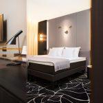 L'Embitu hotellin deluxe huone