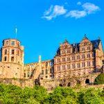 Heidelbergin julkisivua kesällä
