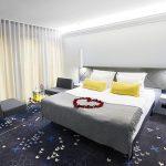 Superior huone ja romantiikkapaketti