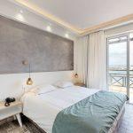 Sänky Superior huoneistossa Porto Kalamaki hotellissa