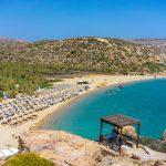 Vai palmtrees-lahti ja ranta Kreetan saarella