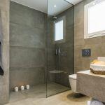 Superior huoneiston kylpyhuone