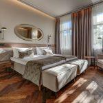 Superior huone parivuoteella