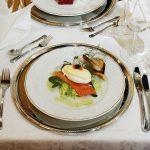 Ruoka-annos Haikon Kartanon päärakennuksen ravintolassa