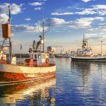 Kalastusveneitä Islannissa.