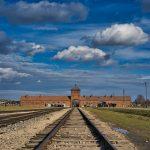 Auschwitz-Birkenaun rautatien päätepysäkki