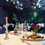 Aqva Spa Ravintola Fiore kynttiläkattaus