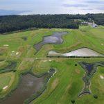 Golfkenttä ilmasta kuvattuna