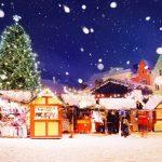 Lumisateinen päivä Tallinnan joulutorilla