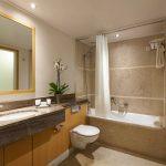 Standard-huoneen kylpyhuone, Central Athens Hotel, Kreikka